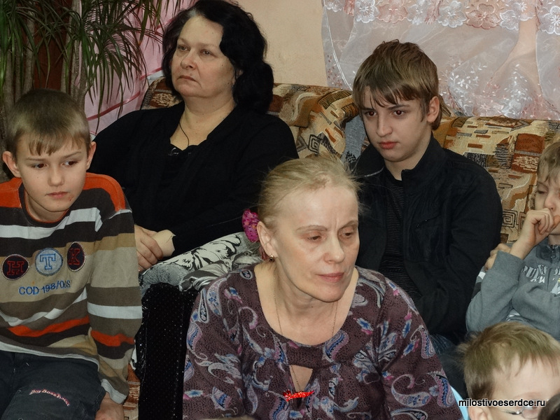 Алла Юрьевна с ребятами